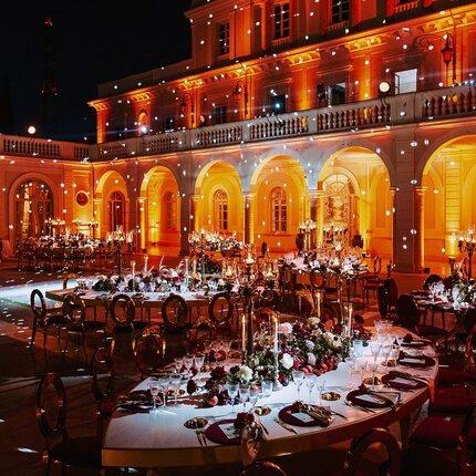A magic night in Rome✨ • • Event designer :@roberta_torresan  Venue: @villamiani_official  Rentals: @geg_party_service  Florist : @sartoria_floreale  Ph: @videostudiorobertomarchionne  @latitudine41photo  • •  #wedding #weddingday #weddingplanner #weddingdestination #luxurywedding #weddinguk #weddingusa #weddingravello #weddingamalfi #weddingpositano #weddingcapri #rentals #furniture #weddinginpuglia #puglia #weddingrentals #luxury #tuscanywedding#zankyou #weddingchic #tablescape #weddingincostiera #weddingmagazine #weddingrentals #zankyouwedding