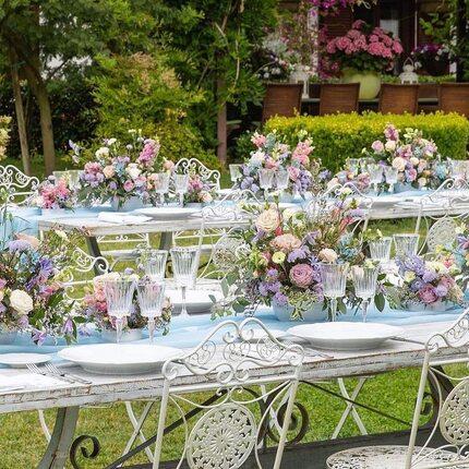 @giovannicautiero_florist Pastel colours  Event planner : @teresachiricoeventi  Rentals : @geg_party_service  #interiordesign #bridal #wedding #flowers#weddingplanner #event#events #floraldesign #floralarrangement #centerprice#masterflorist #eventcreator #partyplanner