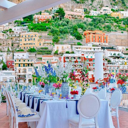Repost: @terrazzadeisogni_positano ✨ It is love that makes the impossible, possible✨  Location: @terrazzadeisogni_positano   Wedding & Event Planner: @nataschagrandeweddings Rentals :  @geg_party_service  Flower designer: @giovannicautiero_florist @rollofiori  Ph @fotovision_photographers   #terrazzadeisognipositano #italianweddingvenue #positanoview #weddingtravel #amalficoastwedding  #weddingmoments #groom #amalficoast #flowerdesign #positano #luxuryweddingplanner #dreamwedding #italy #weddingitaly  #weddingday #weddings #engagement  #amore #weddingideas #weddingphotos #wrddingvenue #bouquet #destinationweddingphotographer  #decor #photography #wedding #instalove #bride